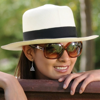Colonial Panama Hat for Women (Grade 3-4)