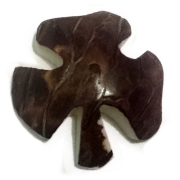 Tagua Pin Clover